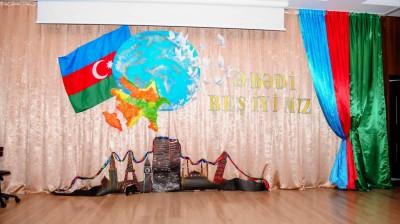 """25.12.2015 """"Kaspi"""" Liseyində Həmrəylik günü tədbiri keçirilimişdir"""